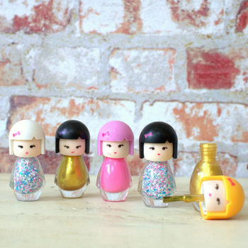 normal_cartoon-doll-nail-polish