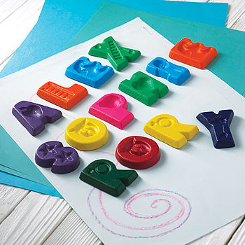 normal_personalized-name-crayons