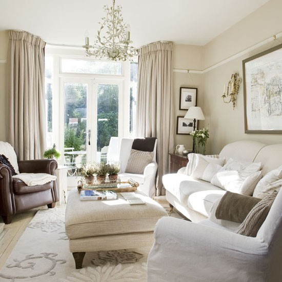 Living-room--traditional--25-Beautiful-Homes.jpg