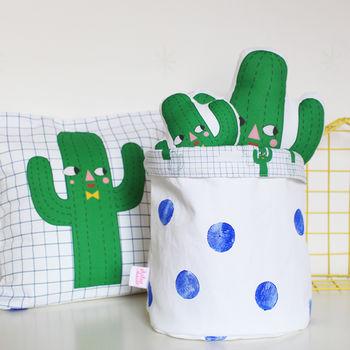 normal_cactus-boy-storage-bag
